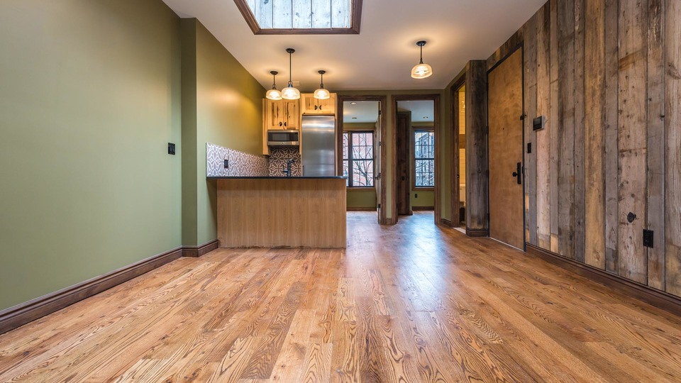 A $5,600.00, 4 bed / 2 bathroom apartment in Williamsburg