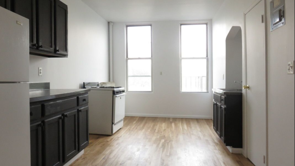 A $2,099.00, 2 bed / 1 bathroom apartment in Williamsburg