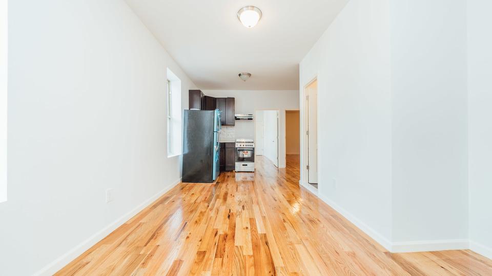 A $3,272.00, 4 bed / 2 bathroom apartment in Bushwick