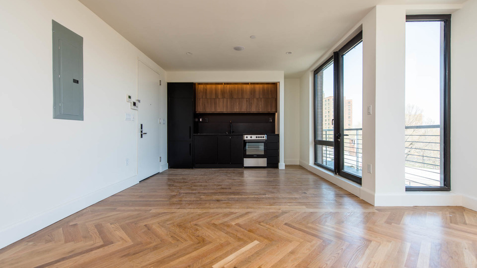 A $4,800.00, 3 bed / 1 bathroom apartment in Downtown Brooklyn