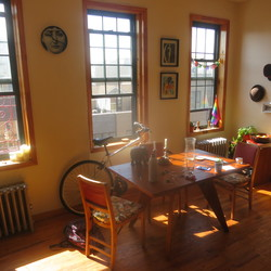A $2,500.00, 3 bed / 1 bathroom apartment in Williamsburg
