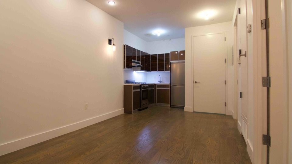 A $2,560.00, 3 bed / 1 bathroom apartment in Crown Heights
