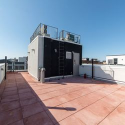 A $3,200.00, 2 bed / 1 bathroom apartment in Bushwick