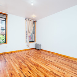 A $3,875.00, 4 bed / 2 bathroom apartment in Williamsburg