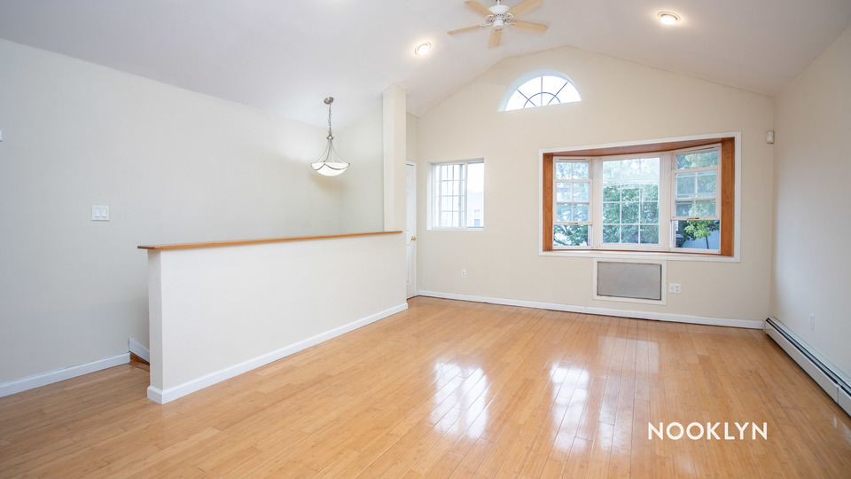 A $2,550.00, 3 bed / 2 bathroom apartment in Crown Heights