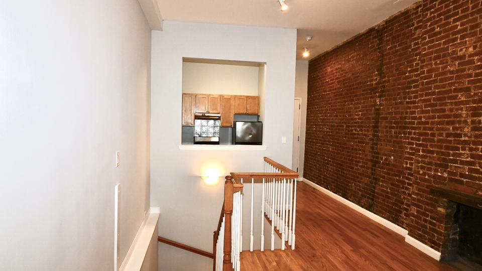 A $2,887.00, 2 bed / 2 bathroom apartment in Upper West Side
