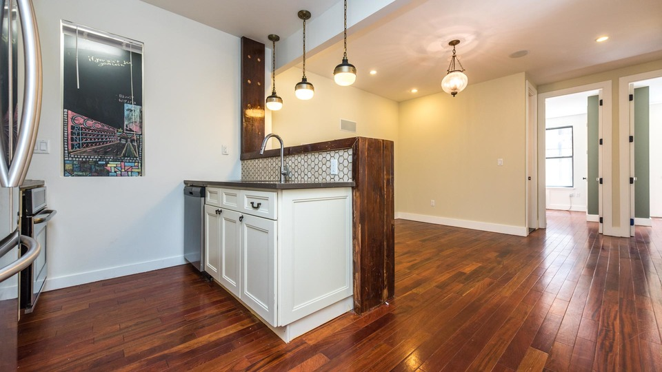 A $4,395.00, 4 bed / 2 bathroom apartment in Bushwick