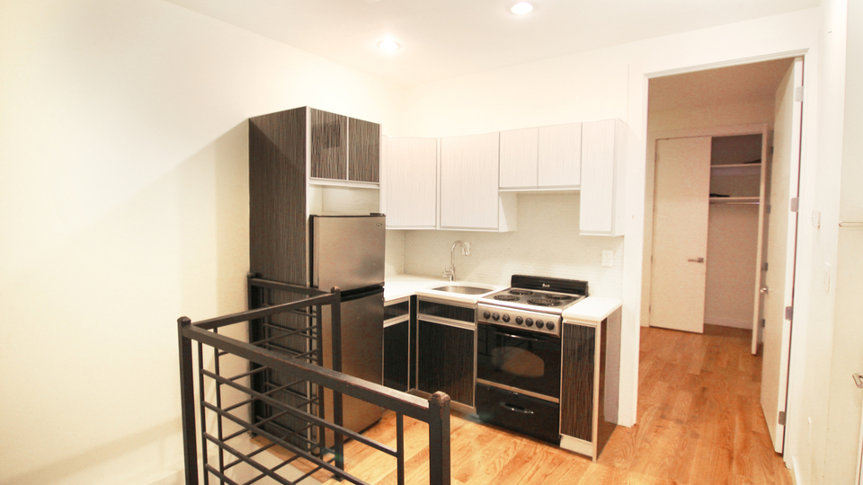 A $3,800.00, 3 bed / 1.5 bathroom apartment in Crown Heights