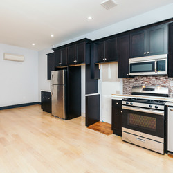 A $5,800.00, 7 bed / 3 bathroom apartment in Bed-Stuy