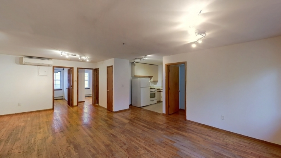 A $2,450.00, 3 bed / 2 bathroom apartment in Bed-Stuy
