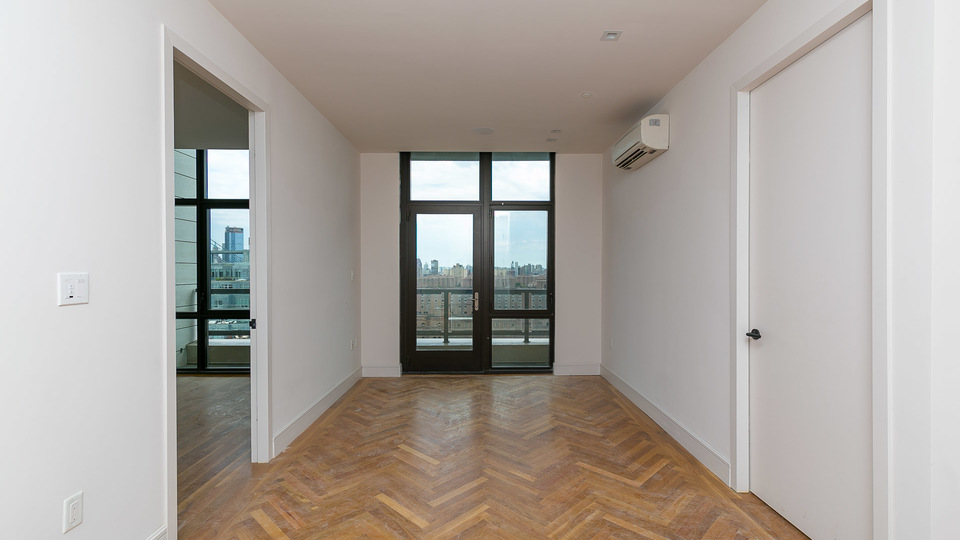 A $4,300.00, 2 bed / 1 bathroom apartment in Williamsburg