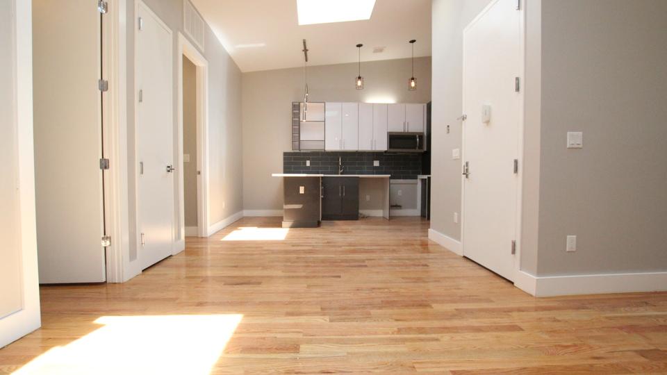 A $3,900.00, 4 bed / 4 bathroom apartment in Bushwick