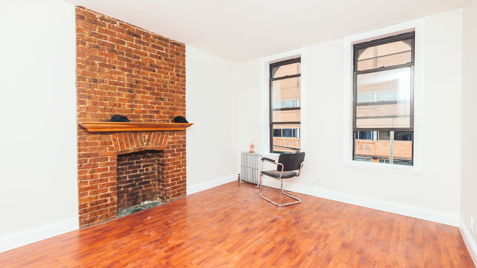 A $2,150.00, 2 bed / 1 bathroom apartment in Bushwick