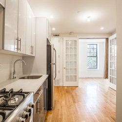 A $2,450.00, 3 bed / 1 bathroom apartment in Bed-Stuy