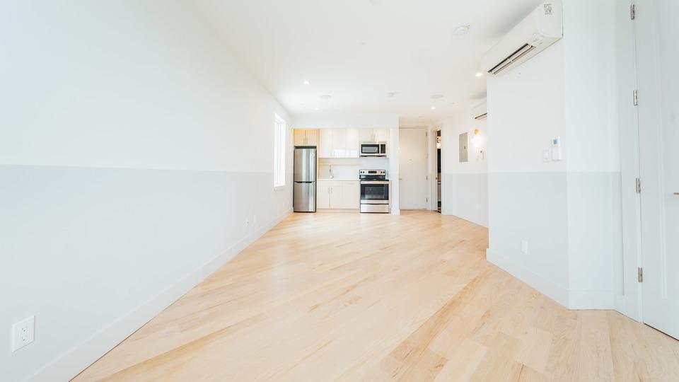 A $2,950.00, 3 bed / 1 bathroom apartment in Bushwick