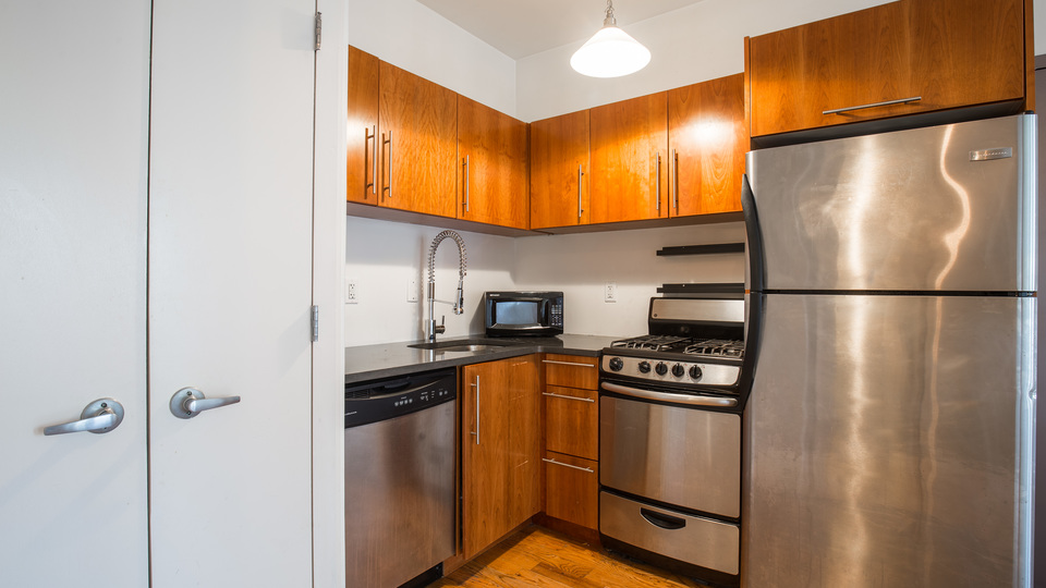 A $3,100.00, 2 bed / 2 bathroom apartment in Williamsburg
