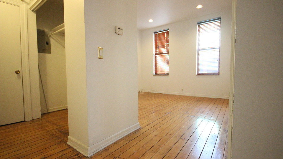 A $2,199.00, 1 bed / 1 bathroom apartment in Williamsburg
