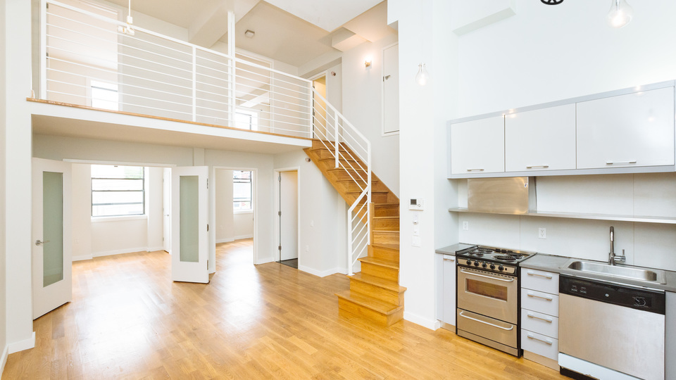 A $4,800.00, 4 bed / 2 bathroom apartment in Greenpoint