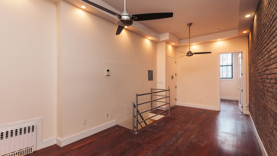 A $3,100.00, 3 bed / 1.5 bathroom apartment in Bushwick