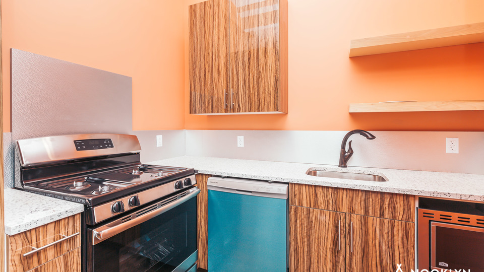 A $2,930.00, 2 bed / 1.5 bathroom apartment in Bed-Stuy