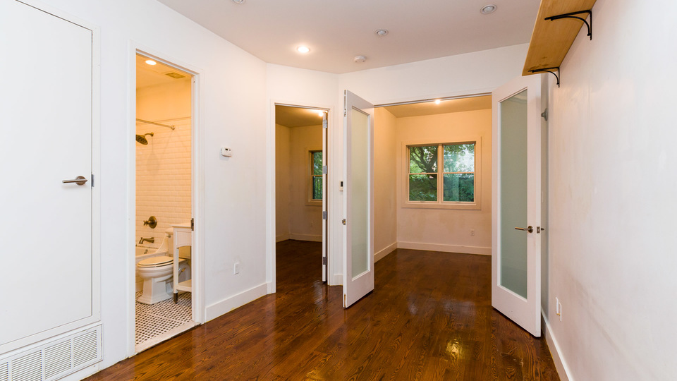 A $2,395.00, 3 bed / 1 bathroom apartment in Crown Heights