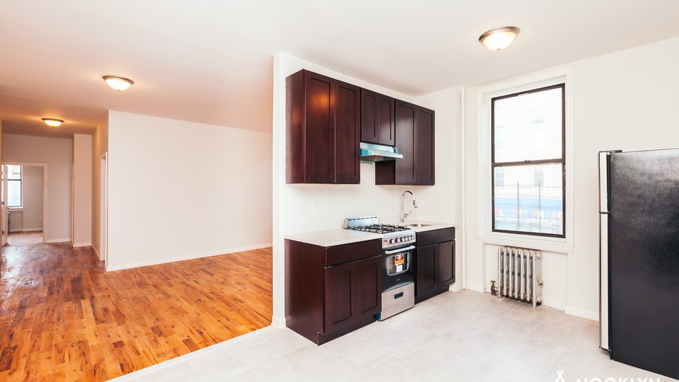 A $4,199.00, 4 bed / 2 bathroom apartment in Bushwick