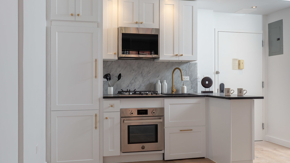 A $5,408.00, 2 bed / 2 bathroom apartment in Lower East Side