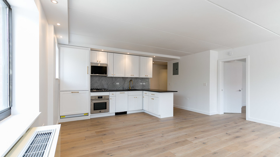 A $5,454.00, 2 bed / 2 bathroom apartment in Lower East Side