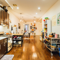 A $6,000.00, 6 bed / 1.5 bathroom apartment in Bushwick