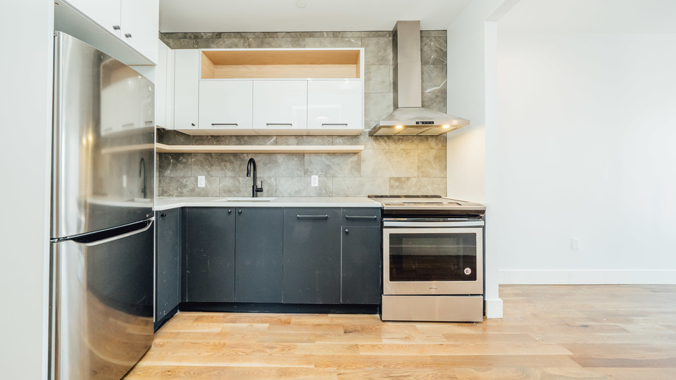 A $3,600.00, 3 bed / 1 bathroom apartment in Crown Heights