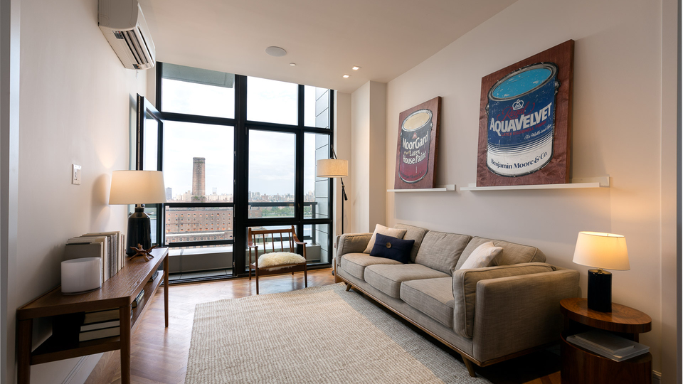 A $3,597.00, 2 bed / 1 bathroom apartment in Williamsburg