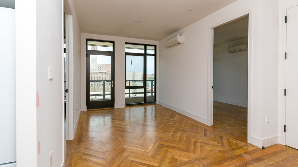 A $3,636.00, 2 bed / 1 bathroom apartment in Williamsburg