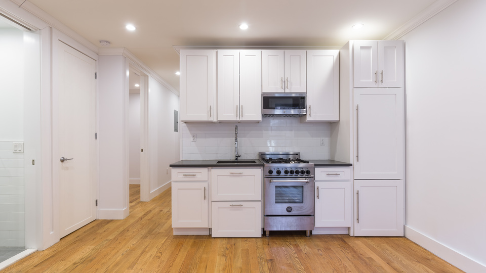 A $5,067.00, 3 bed / 2 bathroom apartment in Kips Bay