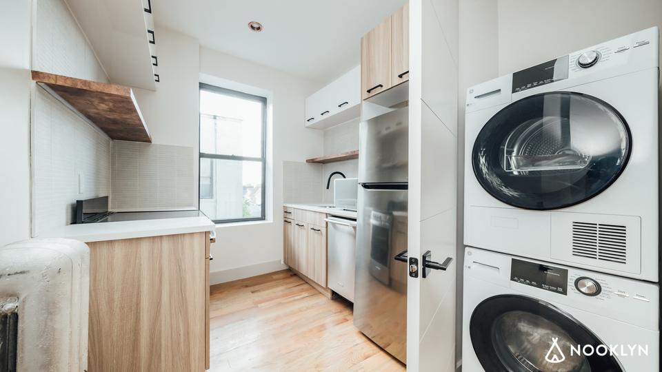A $1,950.00, 1 bed / 1 bathroom apartment in Bensonhurst