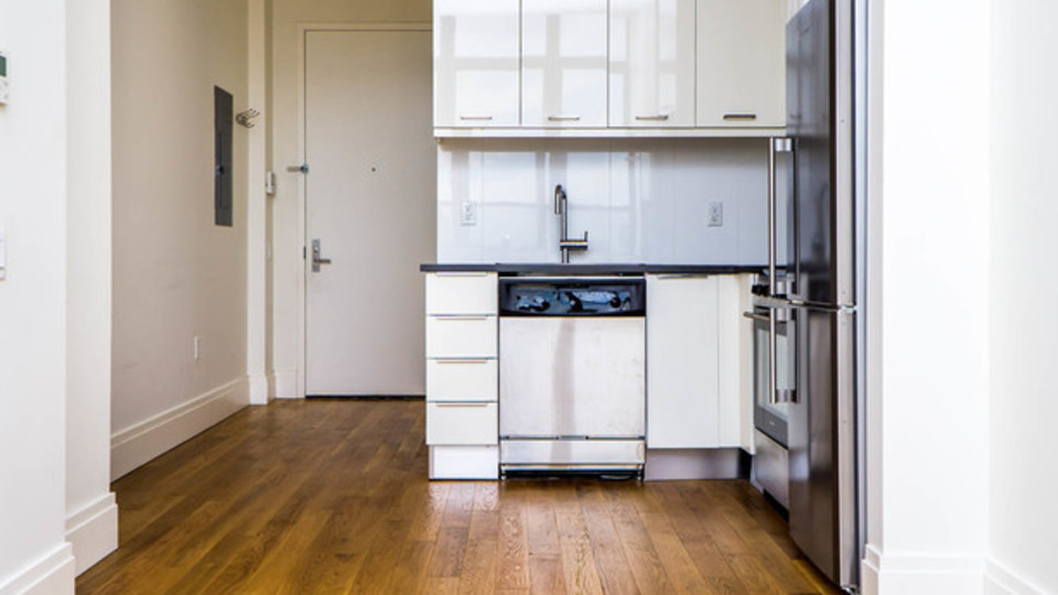 A $2,150.00, 0 bed / 1 bathroom apartment in Greenpoint