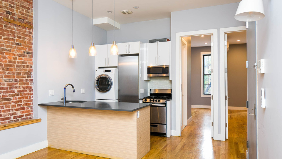 A $5,000.00, 4 bed / 4 bathroom apartment in Bed-Stuy