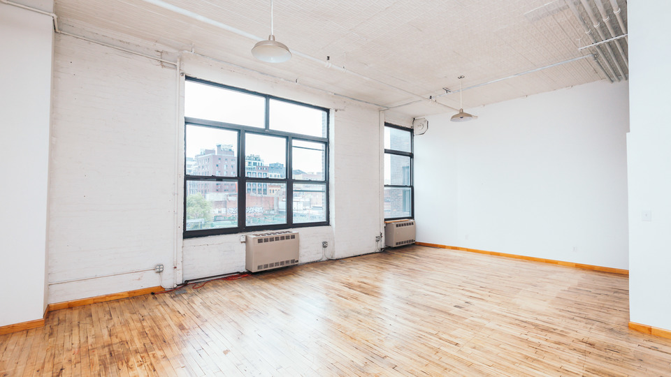 A $4,100.00, 2 bed / 1 bathroom apartment in Bushwick