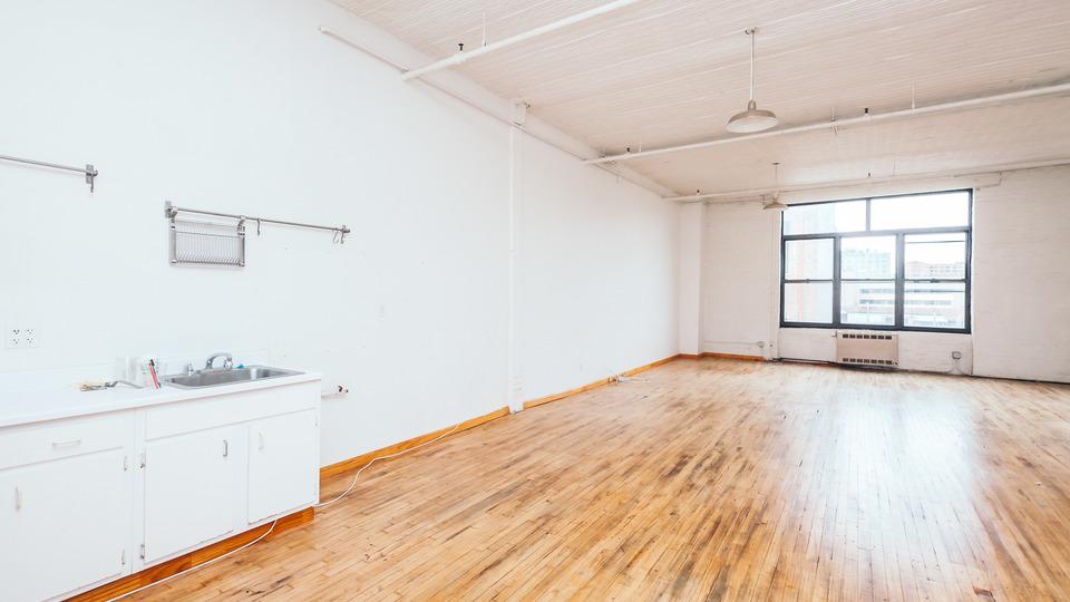 A $3,400.00, 2 bed / 1 bathroom apartment in Bushwick