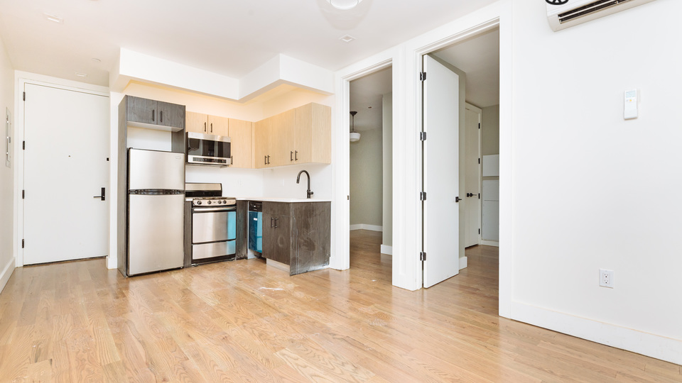 A $2,158.00, 2 bed / 1 bathroom apartment in Crown Heights