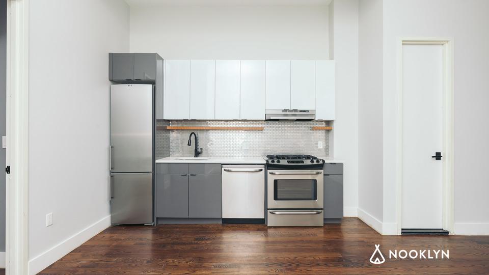 A $4,000.00, 3 bed / 1.5 bathroom apartment in Ridgewood