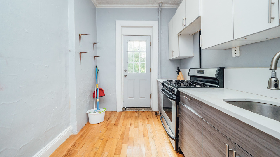 A $2,600.00, 2.5 bed / 1 bathroom apartment in Williamsburg