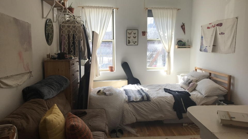 A $2,399.00, 0 bed / 1 bathroom apartment in East Village