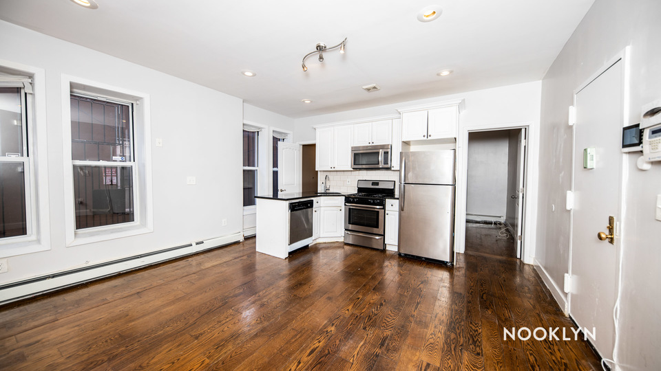 A $1,950.00, 2 bed / 1 bathroom apartment in Crown Heights