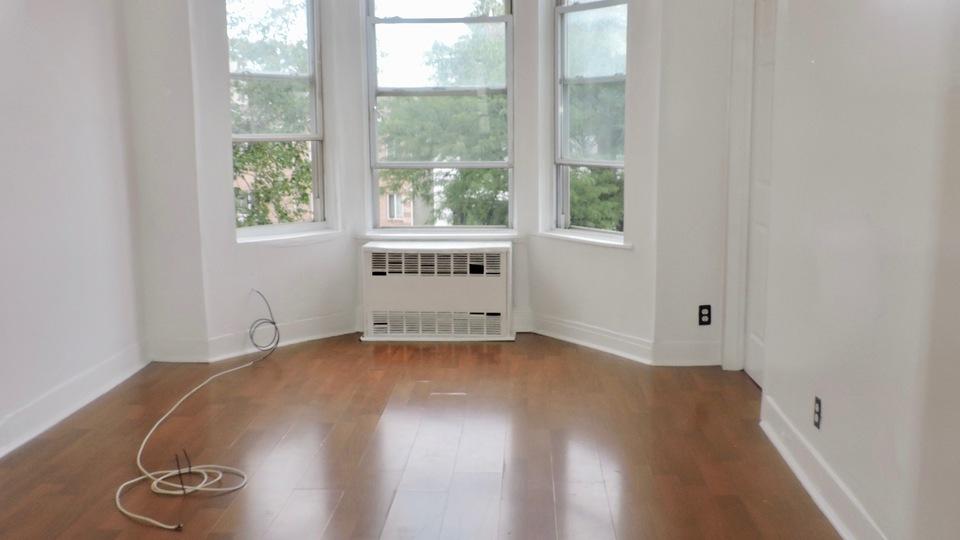 A $2,700.00, 2.5 bed / 1 bathroom apartment in Bushwick