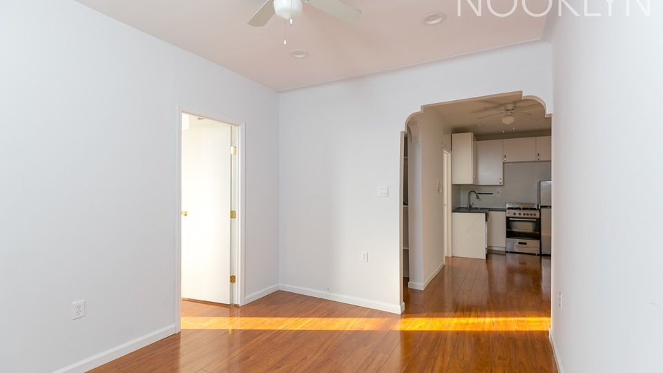 A $2,095.00, 2 bed / 1 bathroom apartment in Prospect Park South