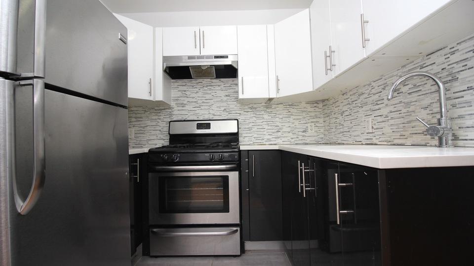 A $2,250.00, 2.5 bed / 1 bathroom apartment in Bushwick