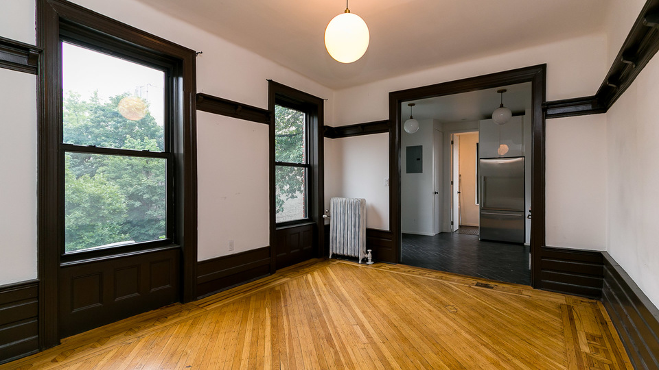 A $3,700.00, 4 bed / 2 bathroom apartment in PLG: Prospect Lefferts Gardens