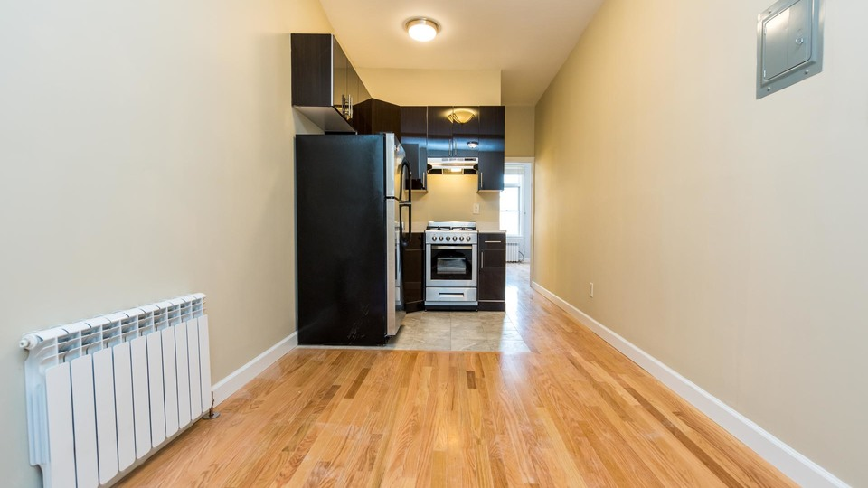 A $2,375.00, 2 bed / 1 bathroom apartment in Ridgewood