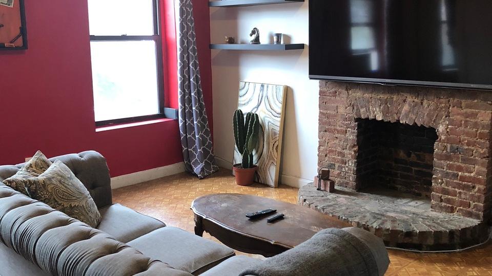 A $2,450.00, 1 bed / 1.5 bathroom apartment in Clinton Hill