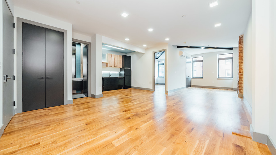 A $2,822.00, 1 bed / 1 bathroom apartment in Williamsburg